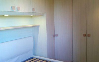 Cameretta con cabina armadio